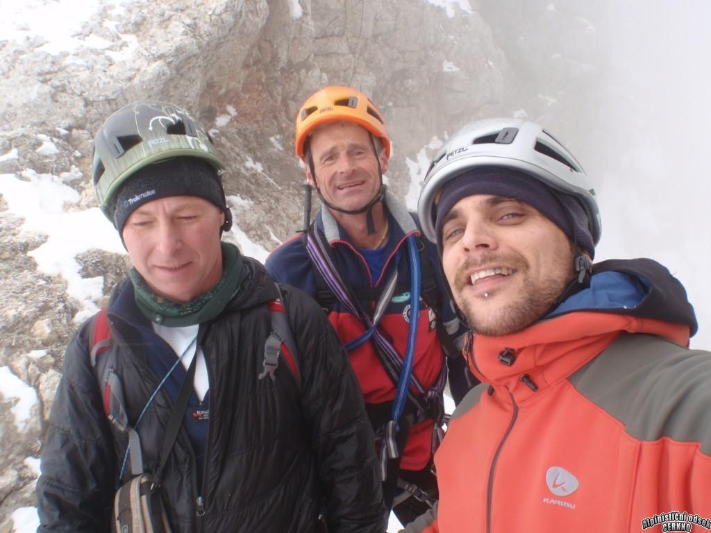 Bogovska grapa, 90°/70°, IV-, sneg do 50°, 600 m